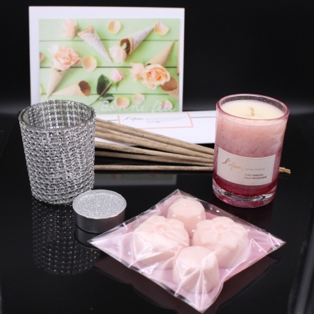 Box of 3 candles for Mother's Day
